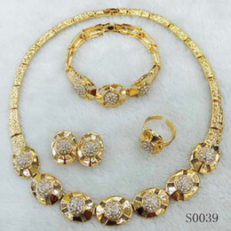 Wholesale Earring Setting Yellow Gold - Classical New 18K Yellow Gold 3Plated Necklace Earrings Bracelet Ring Jewelry Sets