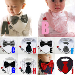 Wholesale Newborn Baby Bow Ties - PrettyBaby Fashion Waterproof Baby Boy Bowtie Bibs Newborn Dinner Feeding Bib Saliva Towel Kids Bow tie Gentleman free shipping