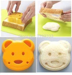 Wholesale Cartoon Toast - Home DIY Cookie Cutter Plastic Sandwich Toast Bread Mold Maker Cartoon Bear Tool 2016 hot sale