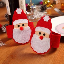 Sets de serviettes en tissu en Ligne-Décorations De Noël 2016 Père Noël Bague De Serviette De Noël Non-tissé Serviettes En Tissu ensemble Paquet De Serviette