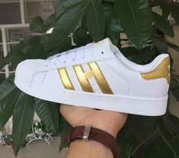 Wholesale Colour Laser - 2016 classic models Men's Women's Shoes White Shoe Laser Dazzle Colour Superstar Shell Head Sneakers, Free Shipping.
