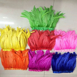 """Wholesale Wholesale Coque Tail Feathers - 2Yards pcs 30-35cm 12-14"""" Rooster Feather Trims Many Colors Chicken Tail Feather Trims Cock Coque Feather Strung Chicken Feather Trimming"""
