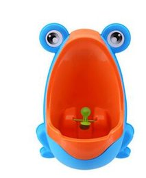 Wholesale Trainer Urinals - Stylish PP Frog Children Stand Vertical Urinal Wall-Mounted Urine Groove Baby Boy Potty Toilet Trainers Urinals