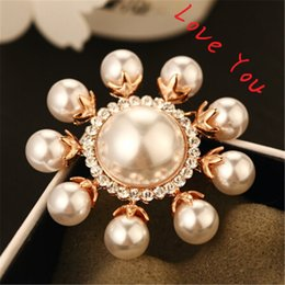 Wholesale Vintage Christmas Scarf - Luxury Pearl Sunflower Brooches for Women Fashion Gold Plated Vintage Brooch Pins Crystal Scarf buckle Indian Jewelry 2016 Now