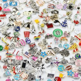 Wholesale Charm Lockets Design - 100pcs lot Different Designs Metal Alloy Floating Charms for Floating Memory Living Locket Pendant