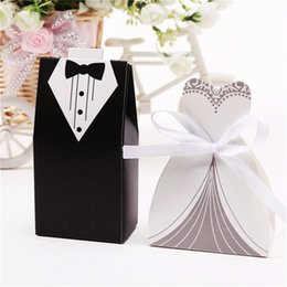 Wholesale Wedding Favors Tuxedo - 100Pcs Bridal Gift Cases Groom Tuxedo Dress Gown Ribbon Wedding Favors Candy Box Sugar Case Wedding Decoration mariage casamento