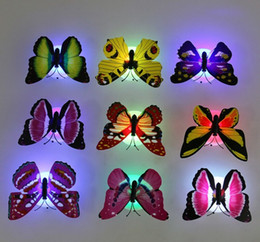 2019 led illuminato tacchi alti  Bel colore creativo Modifica ABS farfalla LED Night Lights Lamp bella casa decorativo Nightlights parete a caso 10PCS