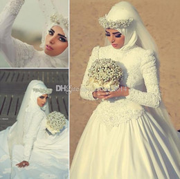 Wholesale Muslim Cover - High Neck Long Sleeves Arabic Hijab Muslim Wedding Dresses with Beaded Pearls Custom Made 2018 Romantic Appliques Lace White Bridal Gowns