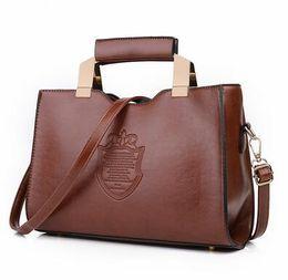 Wholesale usa cells - 2018 USA style fashion women handbags Crown design new fashion totes cluth messenger shoulder crossbody handbags