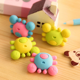 Wholesale Cute Gifts For Students - Wholesale-1 Pcs 3d Kawaii Crab Cute Korean Stationery Pencil Eraser School Office Correction Supplies Erasers For Kids Student Gift
