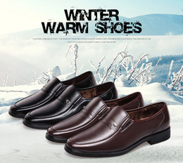 Wholesale Leather Suit For Motorcycle - Wholesale new winter business suits leather shoes for British men 's casual breathable plus velvet keep warm shoes