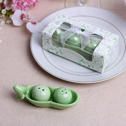 Wholesale Ceramic Salt Cellar - Party Favors Two Peas in a Pod Ceramic Salt and Pepper Shakers Free shipping