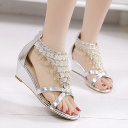 Wholesale Pearl Covered Shoes - Wedge sandals summer 2017 New women's Bohemian beads pearl shoes with flat shoes with clip toe in Rome