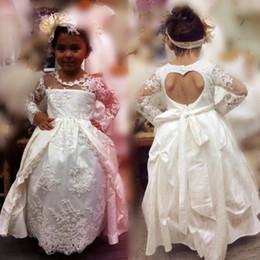 Wholesale Red Heart Wedding Dresses - Lace Long Sleeves Flower Girl Dresses With Long Sleeves Heart-Shaped Backless Girls Pageant Gowns Overskirts Baby Birthday Party Dress