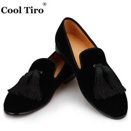 Wholesale Casual Tassel Loafers Men - Handwork Tassels Men Loafers Black Velvet shoes Slippers Moccasins Casual Men's Flats Genuine Leather Business Shoes Wedding Dress shoes