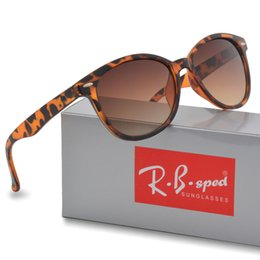 Wholesale Retro Women Shades - 5208 Brand Designer Cat Eye Sunglasses Women Men Classic Men Retro Rivet Shades driving Sun glasses uv400 Goggle with case and box