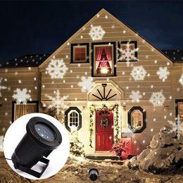 Decoración exterior online-Efecto de Copo de nieve LED Luces Al Aire Libre Proyector de Luz de Navidad Jardín Fuera de Vacaciones Decoración de Árboles de Navidad Paisaje Iluminación