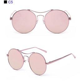 Moda Alta Top Grade Do Vintage Rodada Liga Óculos De Sol Das Mulheres Rosa  Matel Quadro Óculos Óculos de Sol Retro Homens Espelho Sunglass SG1020 1fc14e03c7