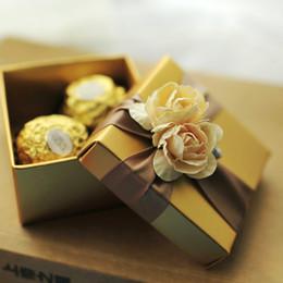 10pcs elegante goldene Pralinenschachtel mit Gold Rose und Band Hochzeitsgeschenk Parteibevorzugungskästen Neu von Fabrikanten