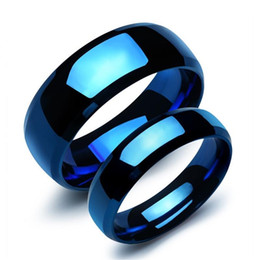 Wholesale Couples Blue Stainless Steel Rings - Blue Stainless Steel Lovers' Ring Classical Simple Smooth Design Women Men Finger Bands Jewelry Gift Lovers Rings 2 Piece Price 479