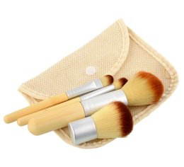 Wholesale Makeup Brushes Synthetic Natural - 4PCS Bamboo Handle Makeup Brushes Kit Natural Professional Cosmetics Tools Set Powder Blusher Brushes Pefect Touching Feeling with Bag