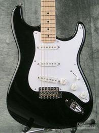 Guitarras stratocaster on-line-Top Quality Personalizado Eric Clapton Assinatura Guitarra Elétrica Preta BLACKIE ST Strat Stratocaster Guitarra Elétrica Maple Fingerboard