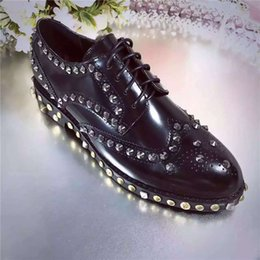 Wholesale buttons studs rivets - high quality~u683 40 3 colors genuine leather studs wing tips oxford shoes flats casual brogue l classic brand designer luxury