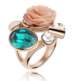 Wholesale Plant Elements - Austrian Crystal Wedding and Engagement Ring Rose Gold Plated Made with Swarovski Elements Crystal Flower Rings Vintage Fashion Jewelry 4669
