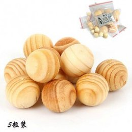 Wholesale Protection Chip - 5pcs pack Diameter 2.3CM Cedar Wood Chips Bug Repellent Moth Balls Protection Camphor New birch wood ball,Natural Wood Round Ball