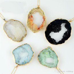 Wholesale Wholesale Geode Pendant Gold - Natural Agate Geode Pendant Druzy Pierced Amethyst Crystal Charm Pendants Gold Plated Neckalce Pendant For Women