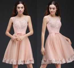 Wholesale Peach Cocktails - Knee Length Peach A Line Tulle Homecoming Dresses with Lace Appliques Short Cocktail Party Gowns Sweet 15 Graduation Dress CPS666