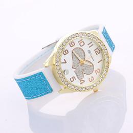 Wholesale Wholesale Fabric England - Hot Sale Fashion Women Watch Ladies Leather Quartz Watches Mens England Carriage Vintage Rome Style Wristwatch 6 Colors