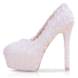 Wholesale Coned Stock - 2018 Fashion Lace Wedding Shoes White Flat Low Mid High Heel Pearls Bridal Shoes Party Prom Shoes for Women In Stock Free Shipping