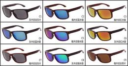 vendere bicchieri in legno Sconti Nuovi occhiali da sole grano legno Europa e gli Stati Uniti Design occhiali da sole vendita calda occhiali da sole in legno sport all'aria aperta occhiali da ciclismo W0701 in legno