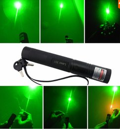 Wholesale New High Powered Led Flashlights - Wholesale - AAA NEW high power led flashlight 532nm 5000m green red Blue Violet laser pointers burn match,burn cigarettes,pop balloon