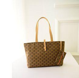 Wholesale Medium Coin Purse Women - New Fashion leather Canvas handbag portable shoulder bag Coin Purse fashion leisure bag ladies bag commuter bag birthday Christmas gift BAG