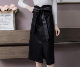 Nova saia de couro feminino inverno coreano pacote de cintura quadril no longo antes da divisão de couro uma saia palavra de