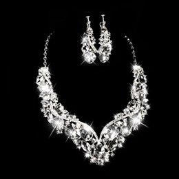 Wholesale Heart Shaped Ornaments - Romantic Heart-shaped Rhinestone Bridal Necklace Earrings Jewelry Two Pieces Of Bridal Ornaments 2018 Bridal Accessories Necklace Earrings