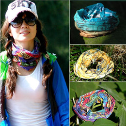 Wholesale Fashion Design Skull Head - DHL Shipping Wholesale NEW PAISLEY DESIGN BIKER BANDANA BOY GIRL NECK Scarves WRIST WRAP Skull head bandana 144 styles Bandanas 0061