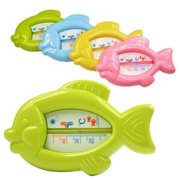 Sensori di galleggiamento online-Baby Floating Fish Water Termometro Sensore di vasca da bagno galleggiante in plastica 10-50C L00093 BARD