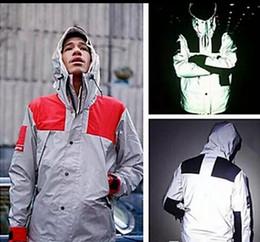 Wholesale Sequin Sleeve Jacket - Fashion New Mens windbreaker north jacket 3M Flag reflective Outdoor Waterproof Windproof Sports college sportswear hoody coats