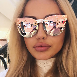 Wholesale Medusa Men - 2017 Hot Sell Fashion Medusa Sunglasses Women Brand Eyewear Travel Rose Pink Lady Sunglasses Catwalk Models Style UV400 Y110