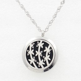 Wholesale Black Chain Link Belt - 5PCS Silver Flower Belt Magnetic Perfume Locket Necklace Pendant 30MM Diffuser Stainless Steel Necklace Pendant With Pads Chain