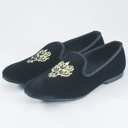 embroidery flat shoes Promotion British Men Velvet Slippers Manteaux Robes Chaussures Broderie Velvet Chaussures Vintage Men's Flats Part Chaussures Casual Noir Rouge Bleu Taille US 7-14