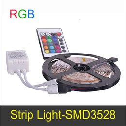 Wholesale 12v Dimmable Led Lighting Controller - Super bright Dimmable 5 meters Flexible LED Strip Light RGB 60LEDs m With Remote Controller 12V SMD3528  Connect By Receptor