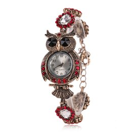 Wholesale Rhinestone Animal Watches - 2016 Fashion Classic Vintage Qwl Rhinestone Bracelet Women Watch Ladies Quartz Watch Women Wristwatch Relogio Feminino Montre Femme