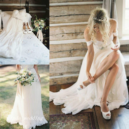 Wholesale Short Long Sleeve Wedding Dresses - 2016 Boho Beach Wedding Dresses High Quality A Line Off Shoulder Floor Length Long Bohemian Women Wear Bridal Party Gowns