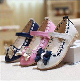 Wholesale Models Girls Korean - Girls shoes 2016 models bowknot princess shoes light leather Korean students 3color baby leather shoes for children A19