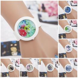 Nuevos relojes diseños para niñas online-2016 nuevo diseño más casual reloj mujer y niña reloj de cuarzo reloj de silicona mujeres vestido relojes