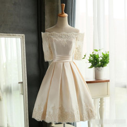 Wholesale Teen Knee Length Party Dresses - Blush Bateau Neck Short Bridesmaid Dresses Half Sleeve Taffeta Lace Appliqued Formal Wedding Party gowns Knee Length Teen dress